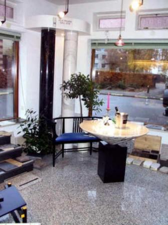 verkauf lieferung tische aus naturstein marmor graniet esszimmertisch. Black Bedroom Furniture Sets. Home Design Ideas